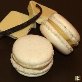 Chocolat Blanc à la Vanille Bourbon - Boite de 12 macarons