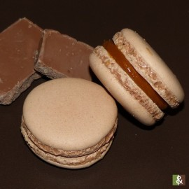 Chocolat au Lait - Boite de 12 macarons